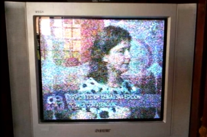 Leonie-Op-Bolivans-TV
