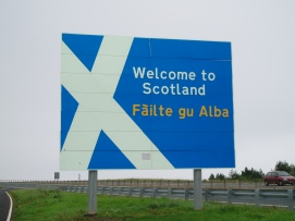 Welcome_to_Scotland_sign_A1_road.jpg